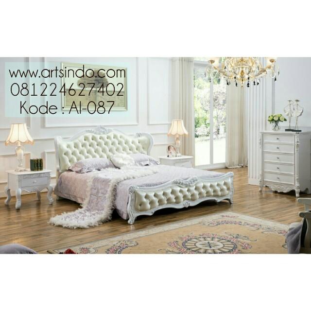 Kamar Tidur Klasik Ukir Luxy AI-087