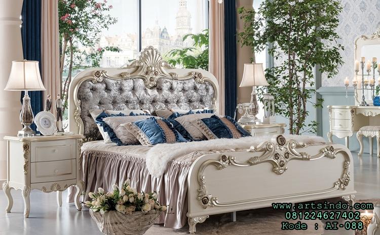 Tempat Tidur Utama Terbaru Desain Ukiran Klasik Mewah