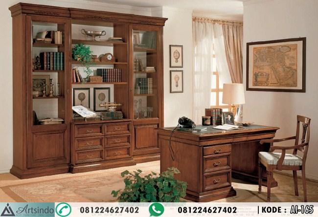 Desain Ruang Meja Kerja Klasik Simple