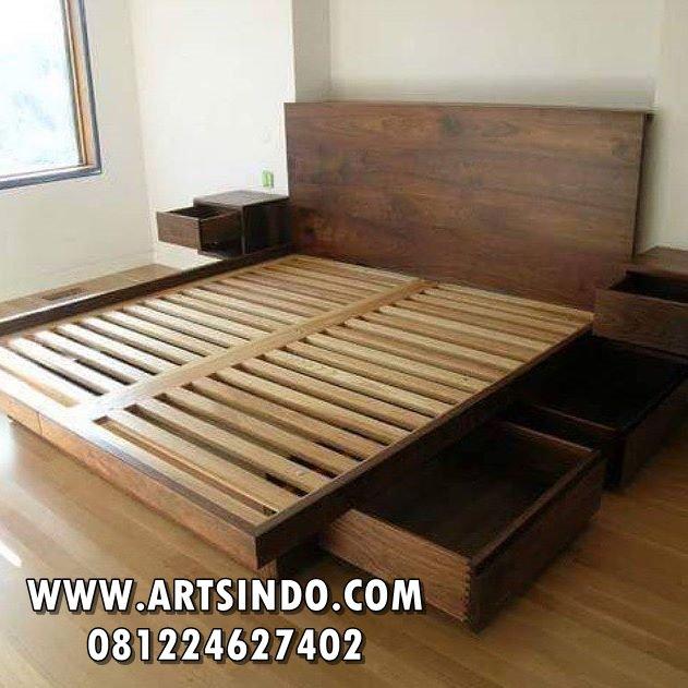 Tempat Tidur Jati Minimalis Laci