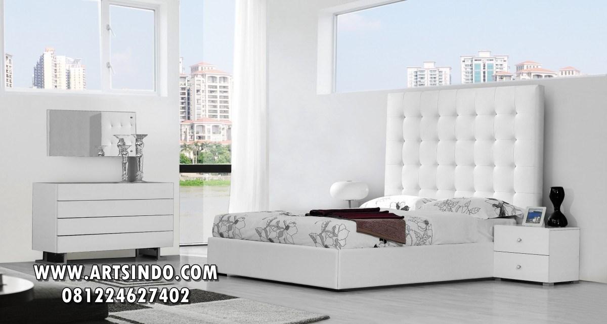 Tempat Tidur Minimalis Putih Elegan