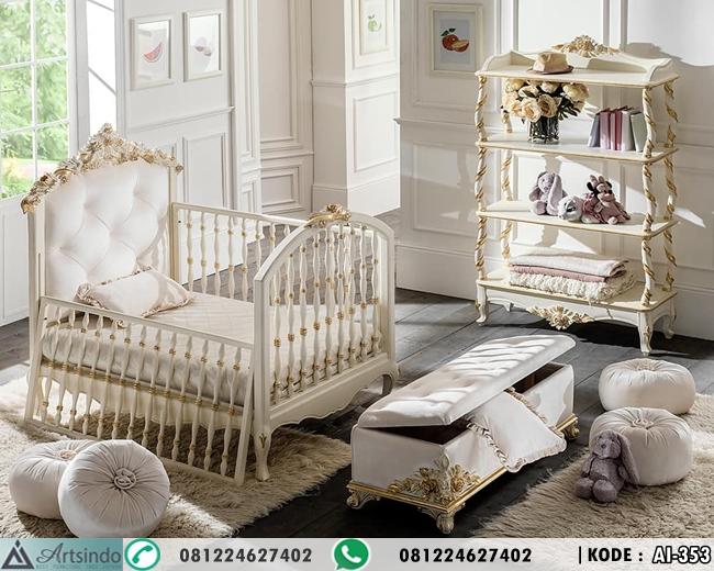 Tempat Tidur Bayi Mewah Ukiran Klasik AI-353