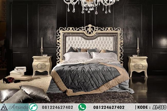 Tempat Tidur Headboard Ukir Klasik