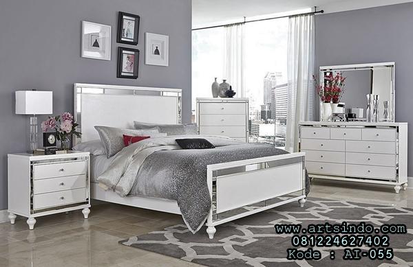 Set Kamar Tidur Minimalis Putih Alonsa