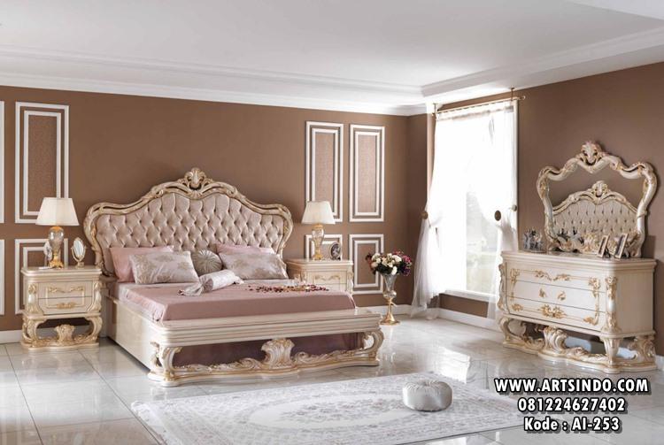 Set Kamar Tidur Pengantin Klasik Ukiran Mewah AI-253