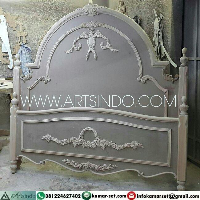 Unfinished Ranjang Klasik Ukir
